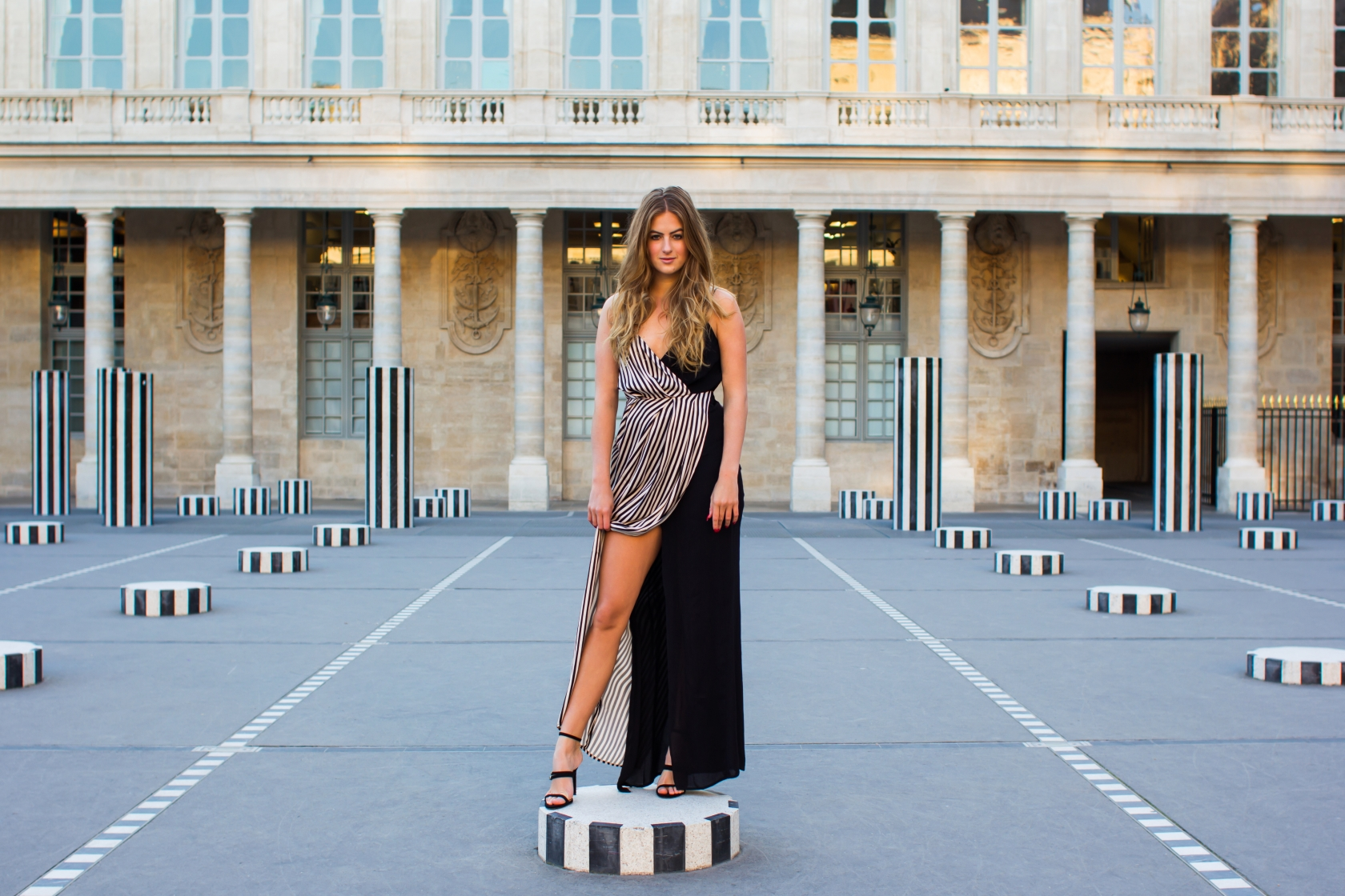 lararosestyle_stripe_paris4